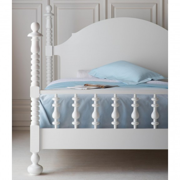 Lucille Spindle Bed